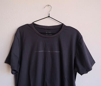 camiseta pequenas inspiracoes cinza