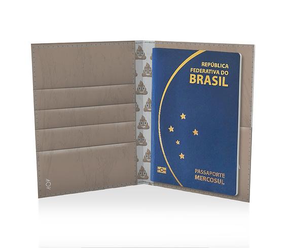 dobra porta passaporte estampa de merda