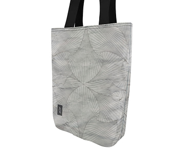 dobra bag sea of lines